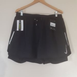 NIKE DRIFIT TRAINING SHORTS WITH INBUILT TIGHT XXL